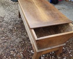 Table pétrin cercueil 19ème