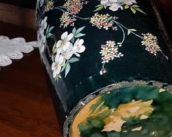 Imposante paire de vase à décor émaillé fin 19ème