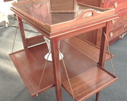 Table a thé de style LOUIS XVI 1900 en acajou