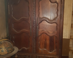 19th century Lorraine cabinet in Mirecourt oak