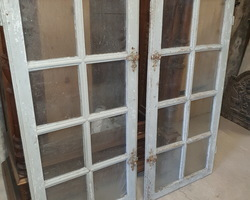 Old wooden windows from the early 19th century
