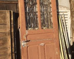 Porte d'entrée en bois fin 19ème