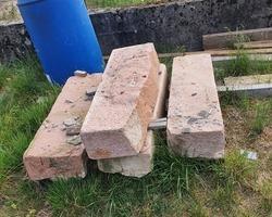 4 anciennes marches d'escalier en grès