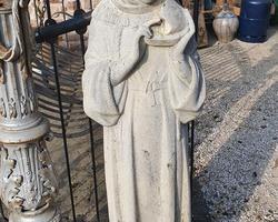 Vierge en pierre reconstituée 1920/1940