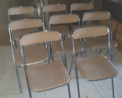 8 folding chairs from the 70s