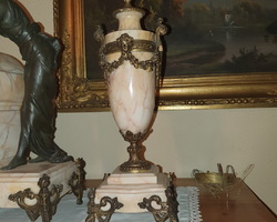 Napoleon III fireplace set including a clock and two casseroles in bronze marble