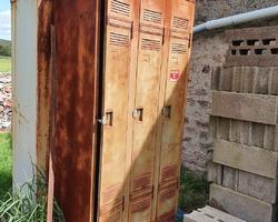 Vestiaire métallique 3 portes des années 60