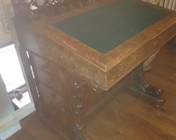 DAVENPORT desk (English furniture)  vintage late 19th century