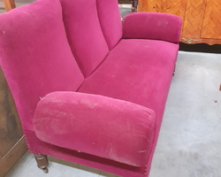 Napoleon sofa 3  convertible into a daybed (the armrests can be lowered)  in good condition