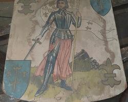 Blason en bois de Jeanne d'arc collée dessus début 1900