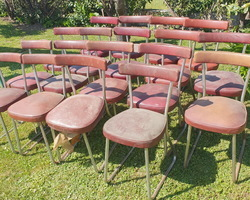 18  workshop chairs in the RONEO style
