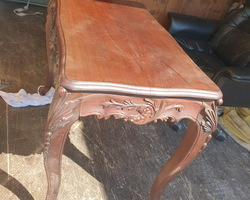 table de milieu de style Louis XV époque Napoléon III en palissandre