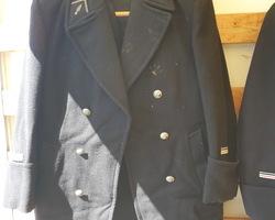 2 tenues d'apparat de gendarmes années 60/70