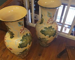 Monumental pair of Chinese vases from the 1950s