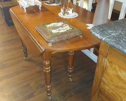 Table ronde 6 pieds à allonges en merisier époque Louis Philippe
