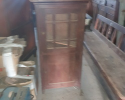 Small oak cabinet around 1920