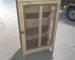 2-door pantry from the 40s / 50s