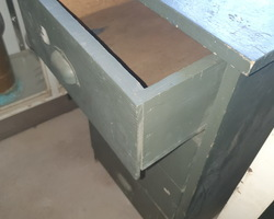 meuble en sapin à 4 tiroirs