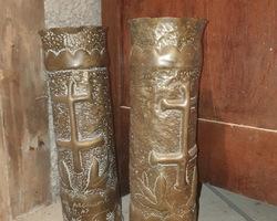 Paire d'obus sculptés travail de tranchée