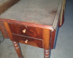Bedside said shutter  in blond mahogany  Louis Philippe period
