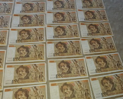 129 billets de 100 francs Jean Delatour