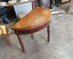 Table Louis demi lune Philippe en noyer
