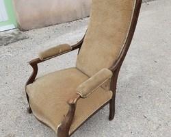 Voltaire armchair in beech