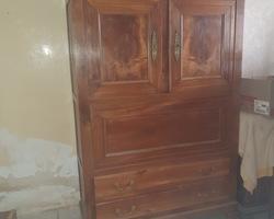 Secretary cabinet in cherry wood