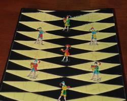 Plat rectangulaire en emaux de longwy des années 30/50