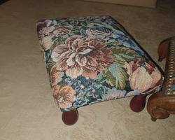 Rests feet regency style late 19th walnut
