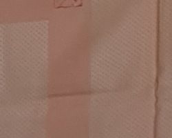 Nappe brodée et ses serviettes  couleur rose