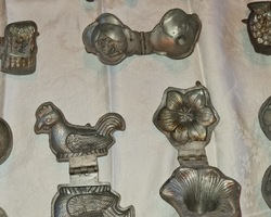 collection of tin tin moulds at the end of 19th century