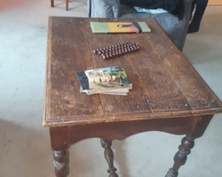 Louis XIII oak middle table with 1 drawer