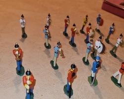 Soldats en plomb représentant une fanfare
