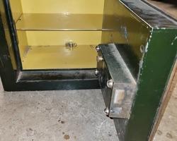 BAUCHE strong box 1930/1950 Bronze green