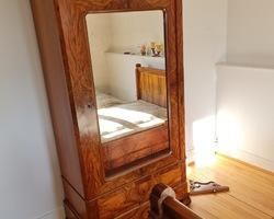 Chambre à coucher Louis Philippe en noyer