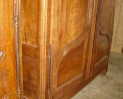 VAL D'AJOL cherry wood cabinet