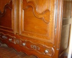 Lorraine oak cabinet with drawers