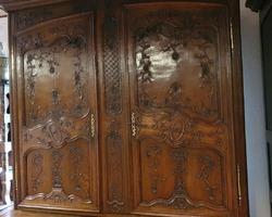 Sébastien Napoli Antique Dealer Expert in Lorrain Furniture