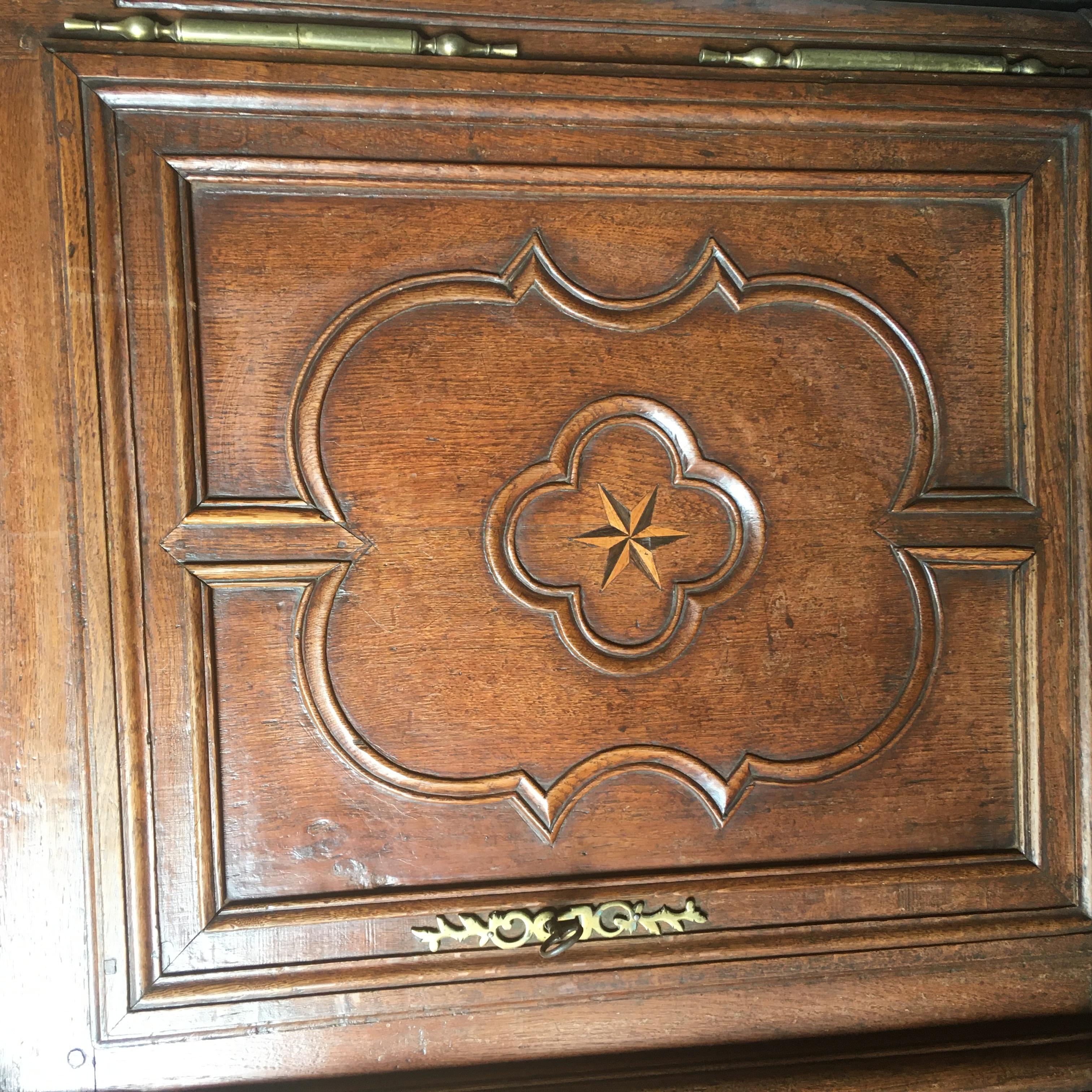 Napoli Antic souligne: Déclin et disparition de la production du meuble traditionnel en Lorraine